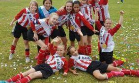 Meiden Arnhemse Boys E11M Kampioen Bij RTV Arnhem en in De Gelderlander