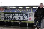 Zonder Respect Vlag Schoonmaakbedrijf Hofs Arnhem in NAC Breda Stadion